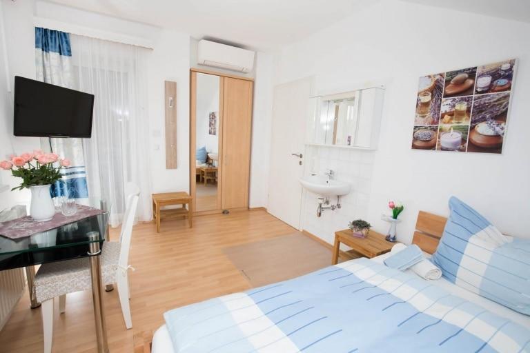 Privatzimmer Ochsenhofer Doppelzimmer