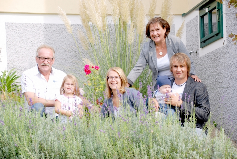 Aronia köck Familie