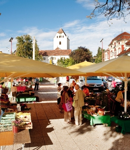 Bauernmarkt am Weizer Hauptplatz
