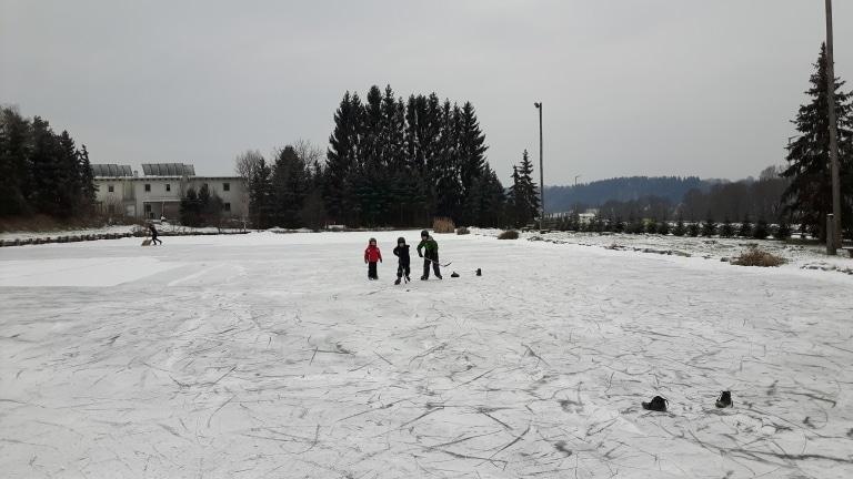 Eislaufen Locker Teich in St. Ruprecht an der Raab