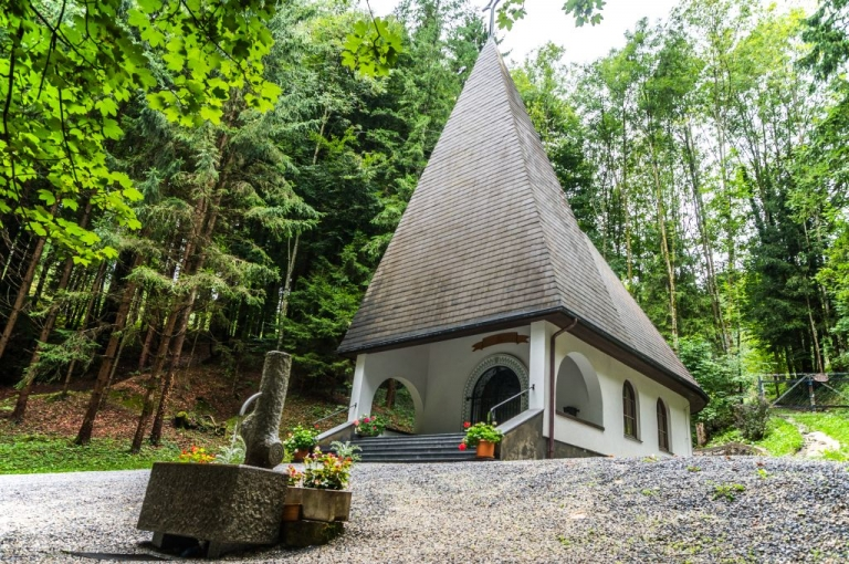 Grubbründl Kapelle Außen