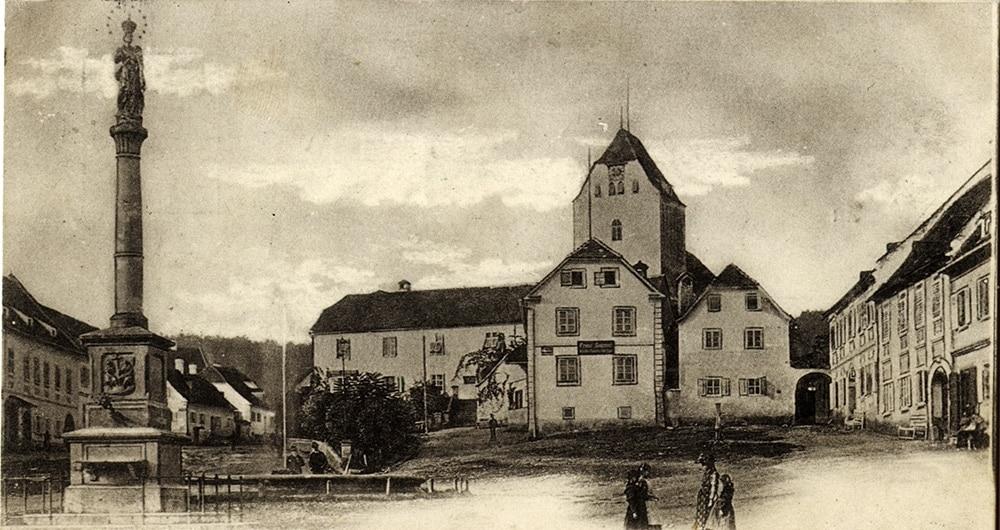 Hauptplatz 1899 (c) Sammlung Museumsverein