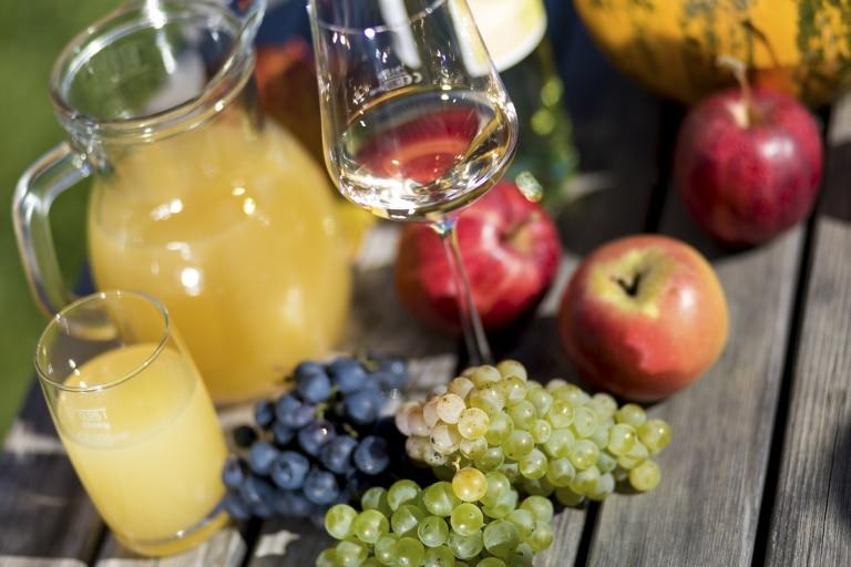 Wein, Apfel, Kürbis: die Lebenselixiere der Steirer.