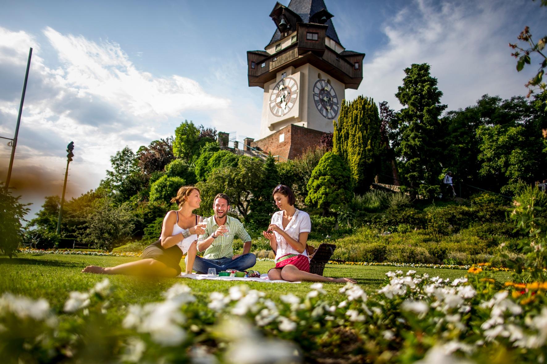Graz Picknick am Schlossberg