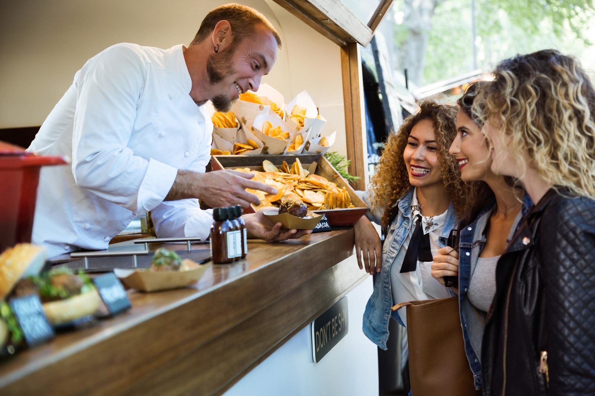 Sie sehen ein Foto vom Street Food Festival